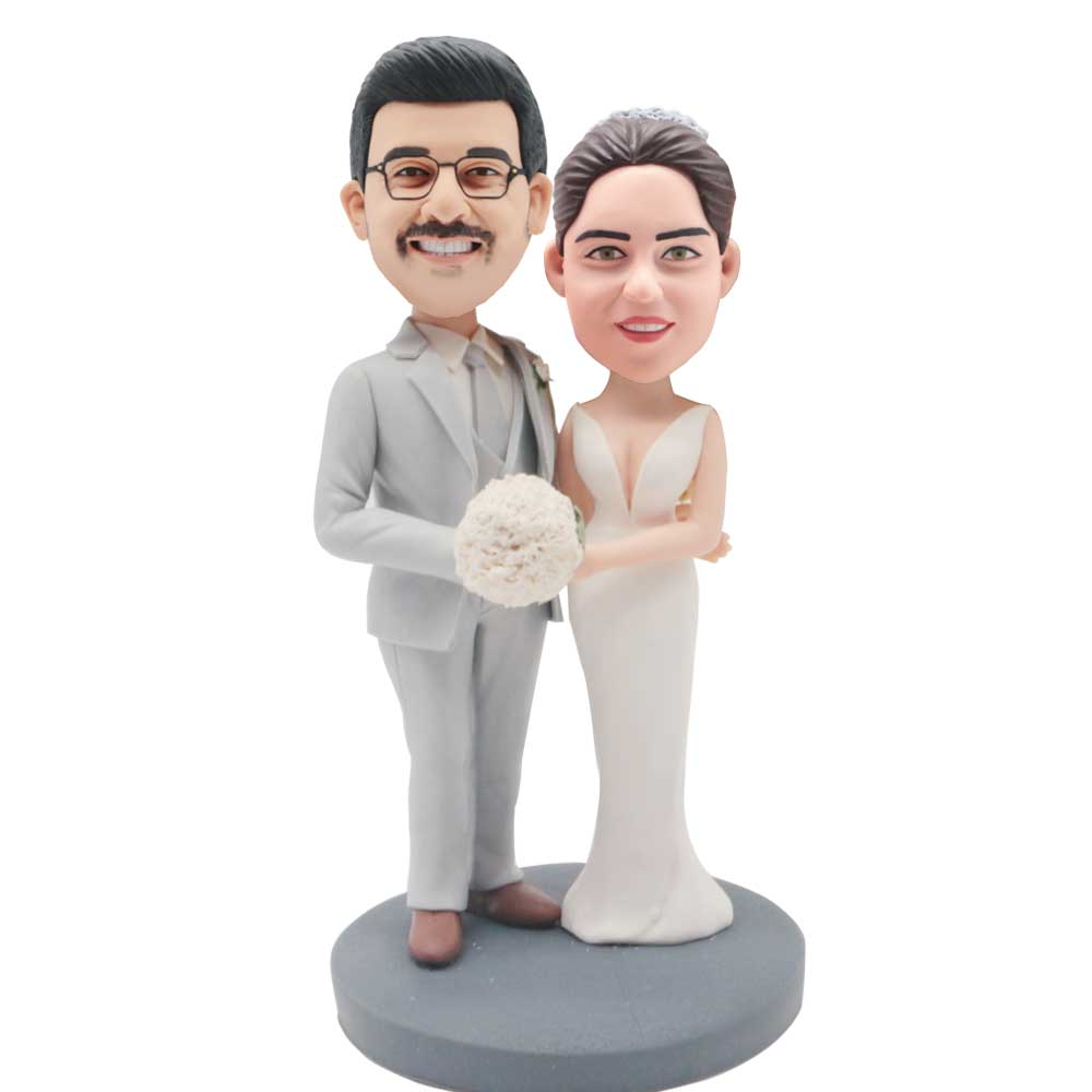 Custom-Wedding-Bobblehead-Happy-Couple-In-Silver-Suit-And-White-Fishtail-Skirt