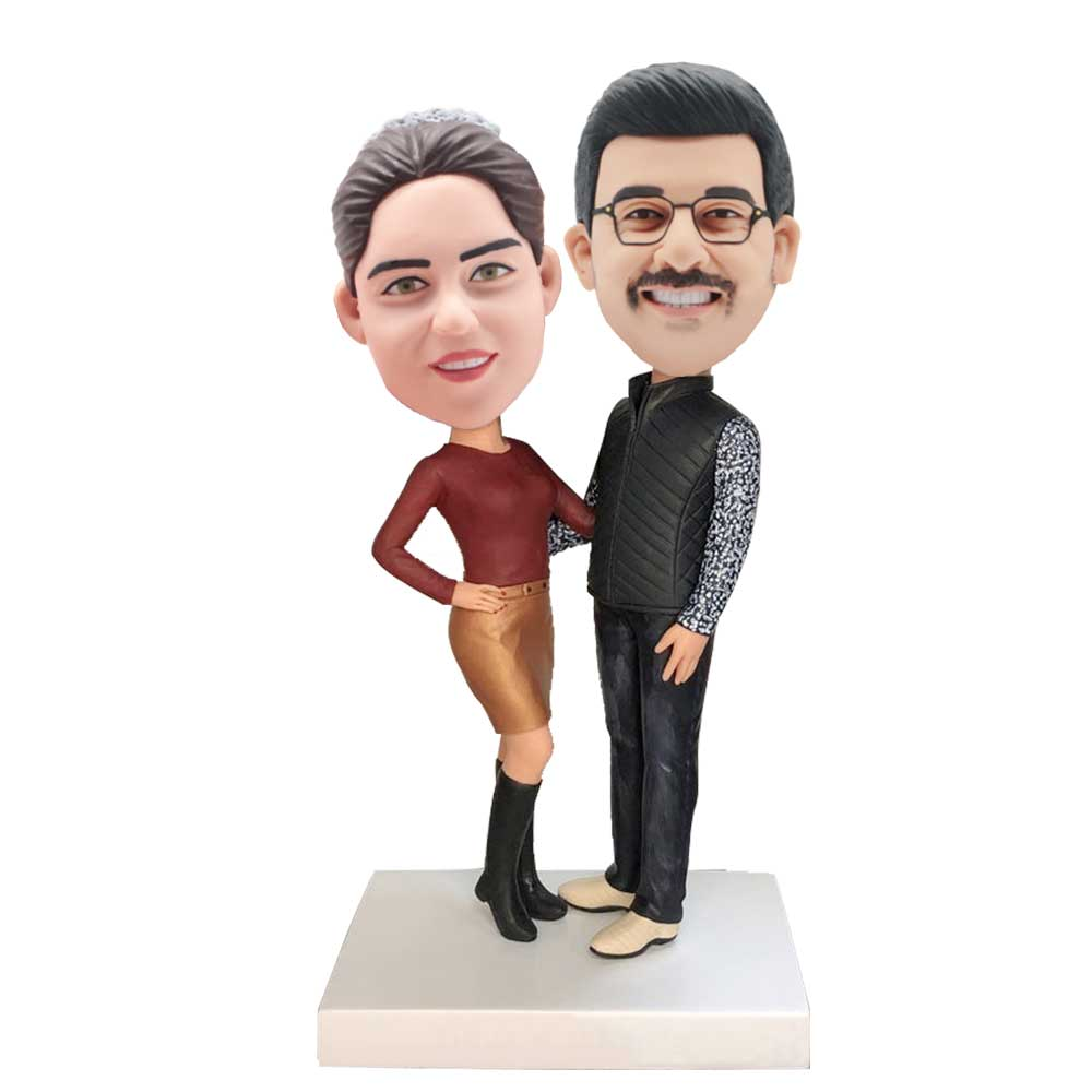 Custom-Couple-Bobblehead-In-Red-T-shirt-And-Black-Vest