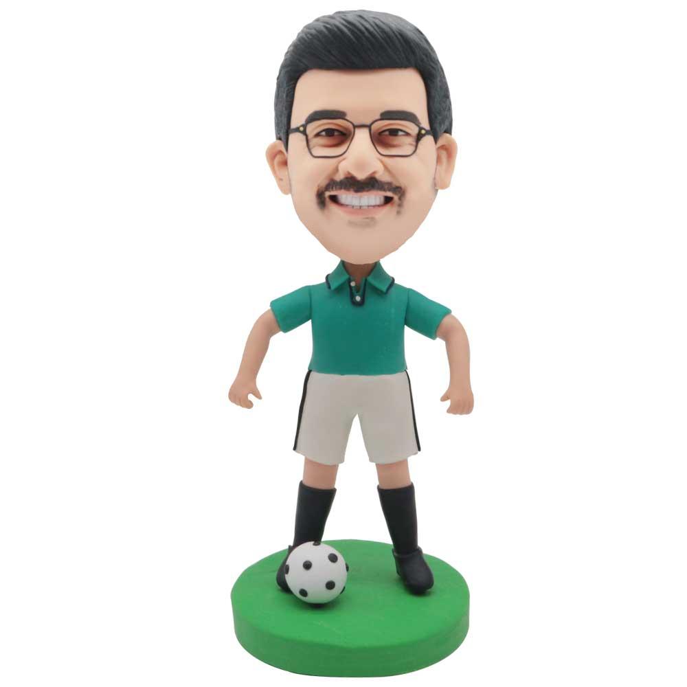 Custom-Football-Player-Bobblehead-In-Green-T-shirt
