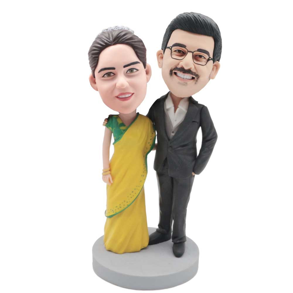 Custom-Happy-Couple-Bobblehead-In-Yellow-Skirt-And-Black-Suit.