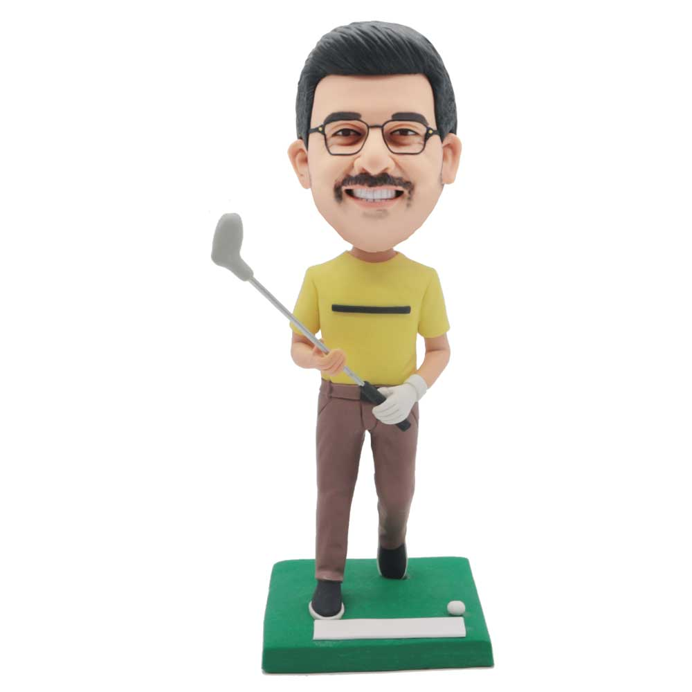 Custom-Male-Golfer-Bobblehead-In-Yellow-T-shirt.