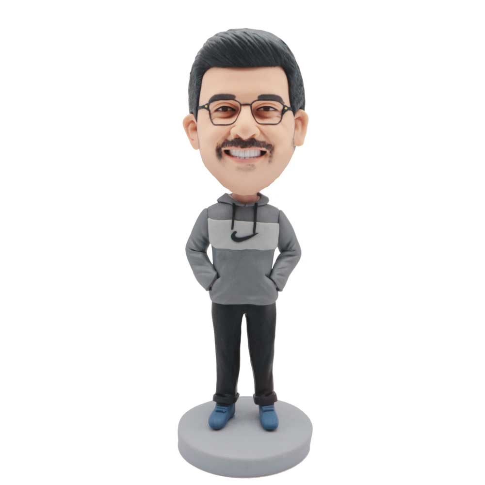 Custom-Male-Leisure-Bobblehead-In-A-Grey-And-White-Hoodie
