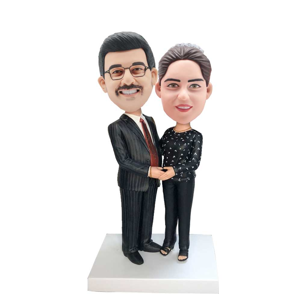 Custom-Office-Couple-Bobblehead-In-Business-Suit
