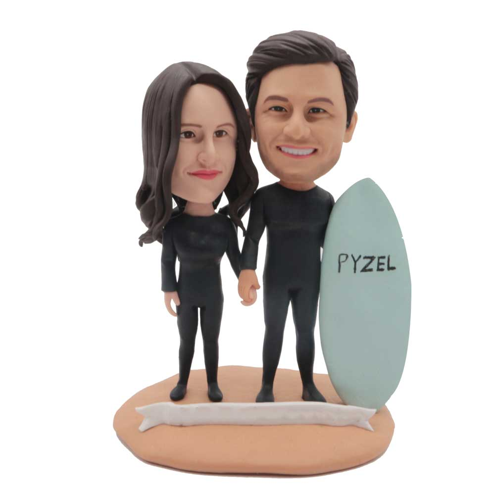 Custom-Surfers-Couple-Bobblehead-With-Their-Boards