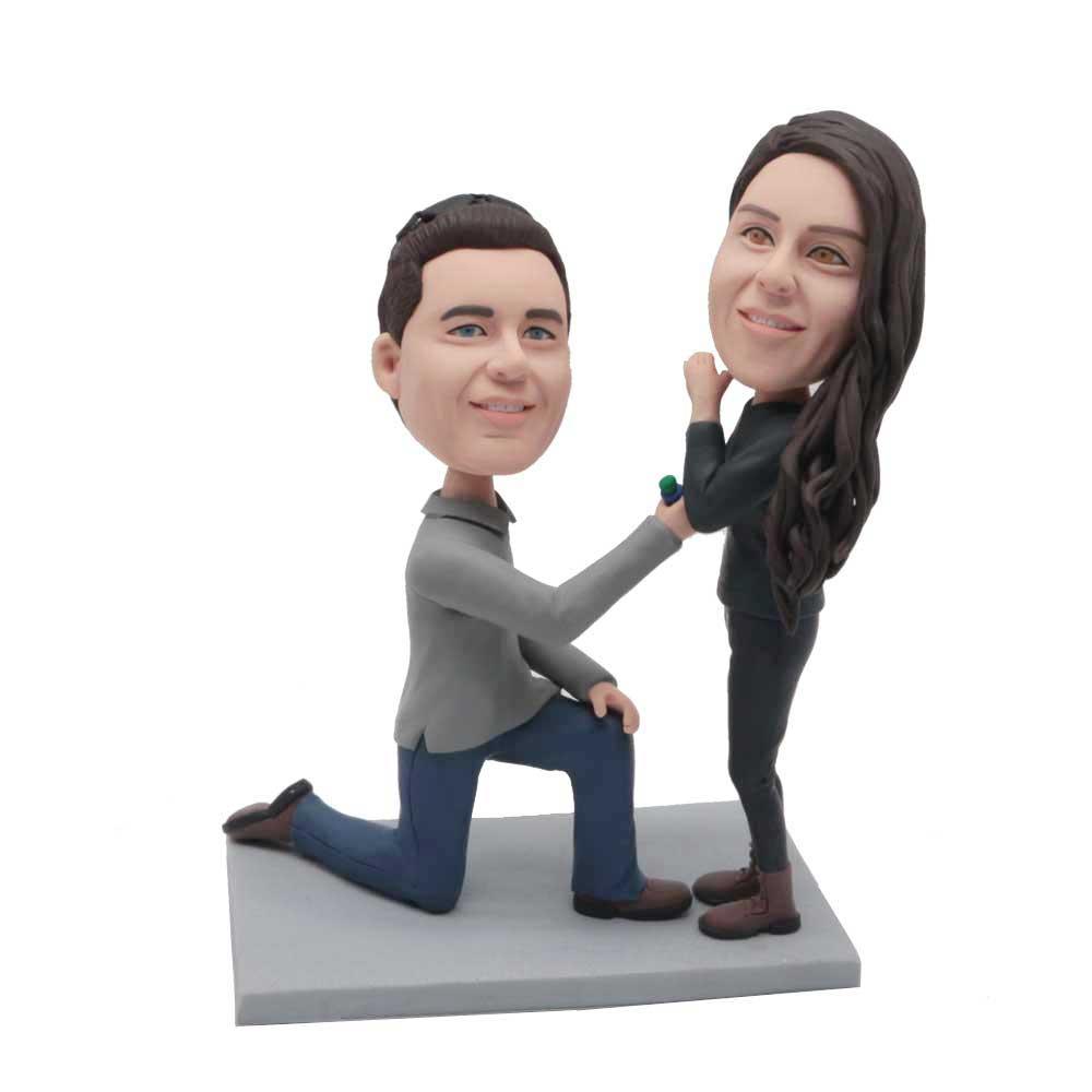 Custom-Sweet-Proposal-Couple-Bobblehead