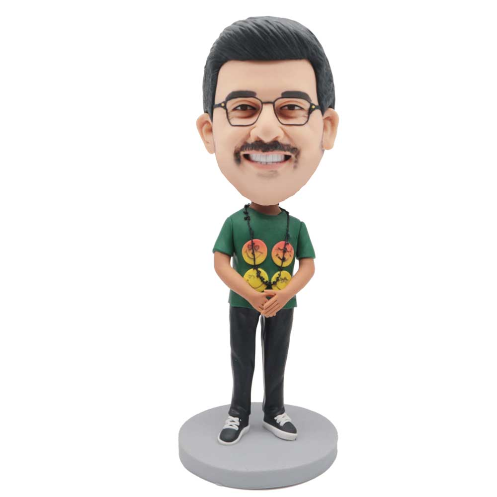 Custom-Male-Bobblehead-In-Green-T-shirt-With-A-Necklace