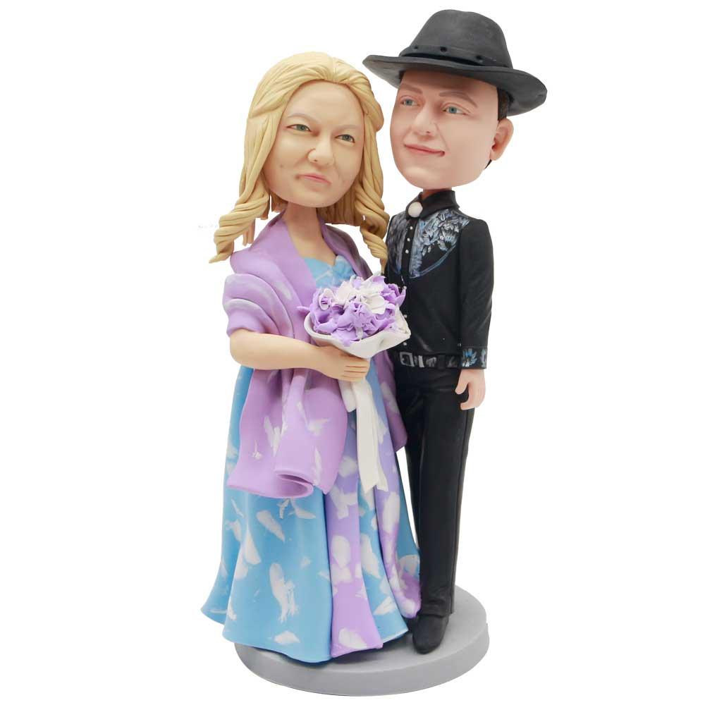 Custom-Couple-Bobblehead-In-Royal-Dress