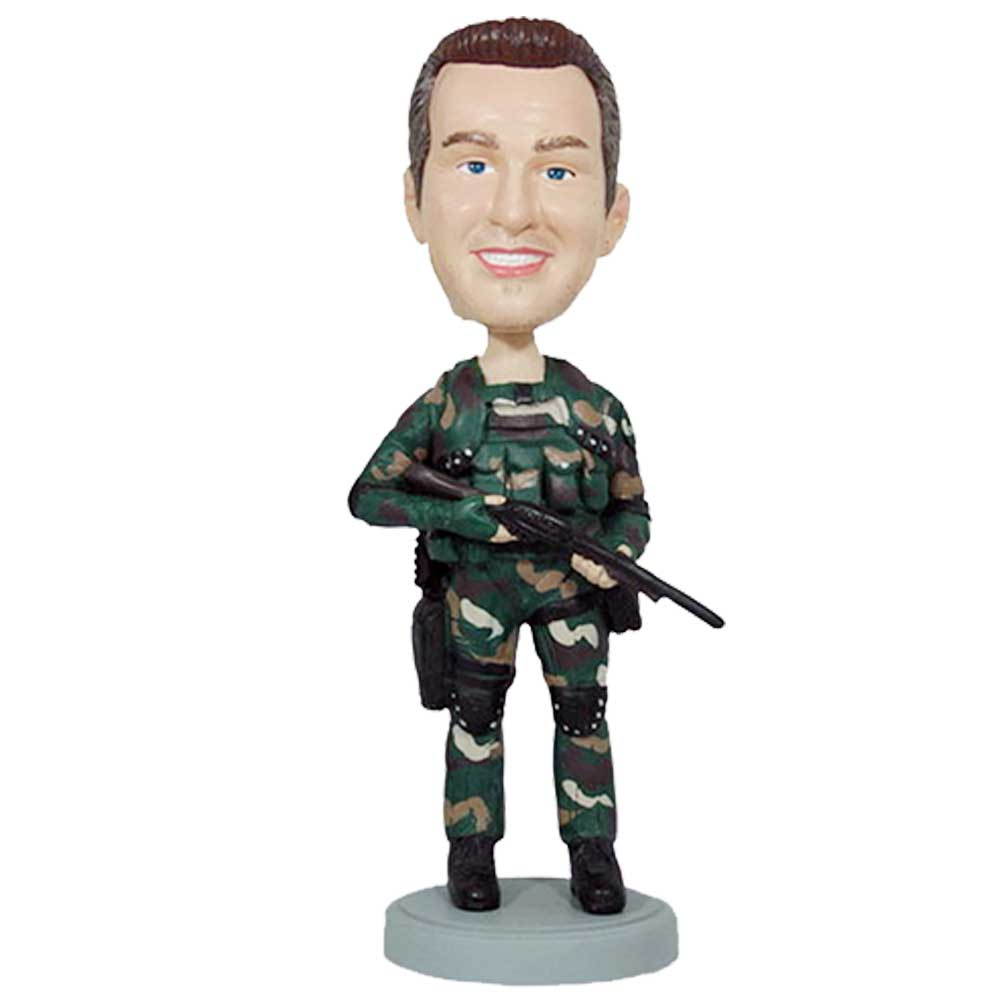 Custom-Male-Navy-Seal-Bobblehead-In-Camouflage-With-The-Gun