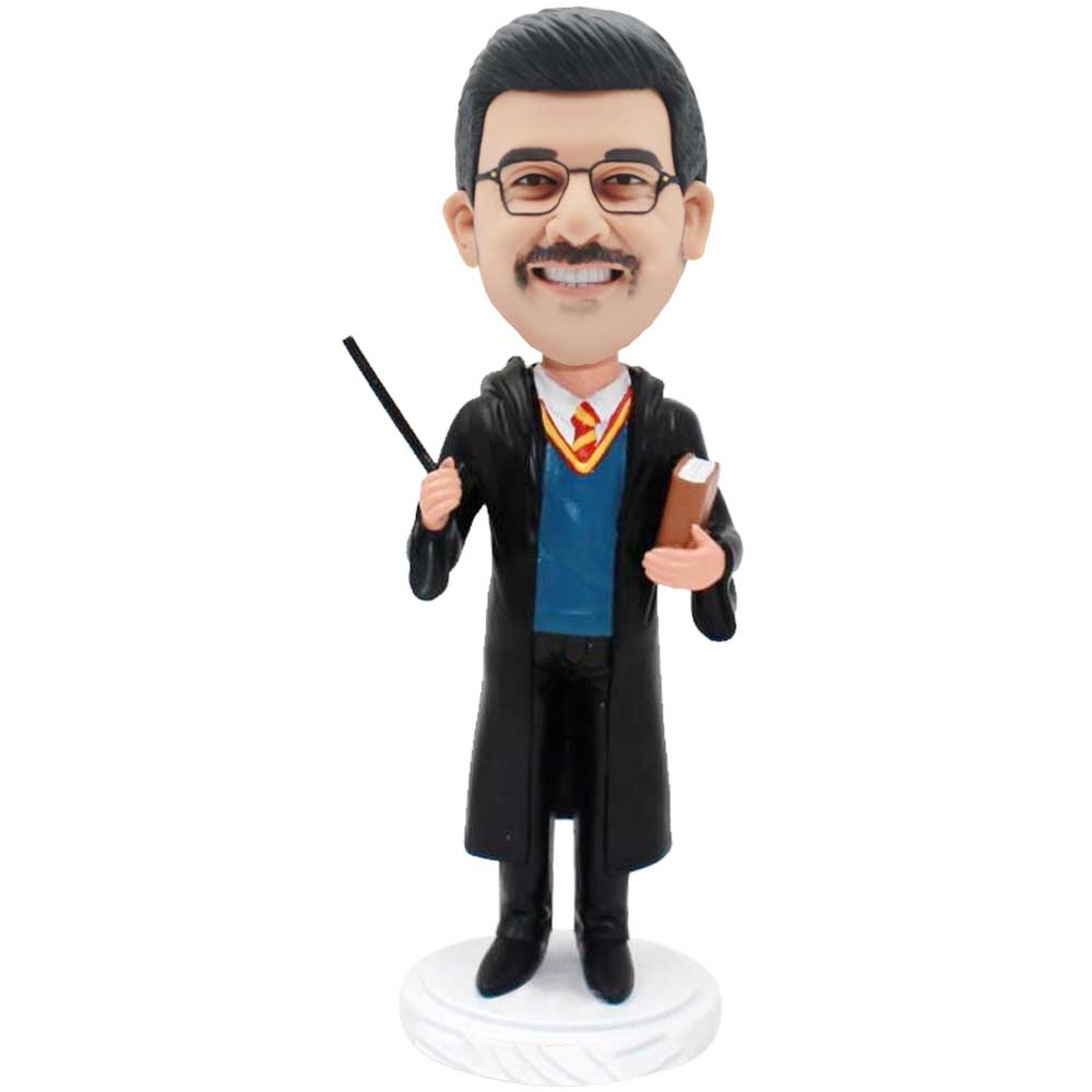 Custom-Male-Harry-Potter-Bobblehead-With-Wand