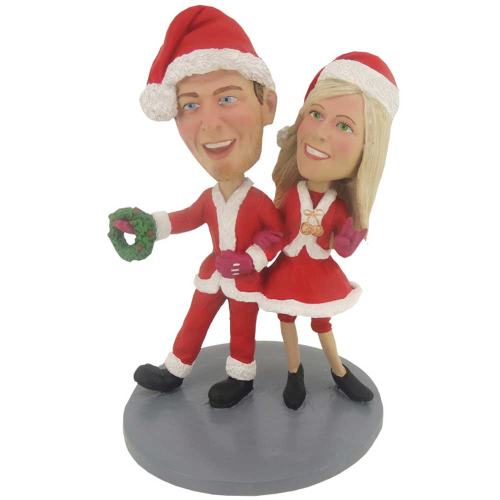 Custom-Happy-Couple-Bobbleheads-In-Christmas-Costumes.